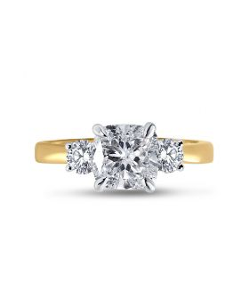 Meghan Markle Diamond Engagement Ring Top View