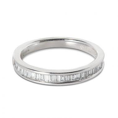 2.8mm Channel Setting 0.48ct Baguette Cut Diamond Wedding Ring