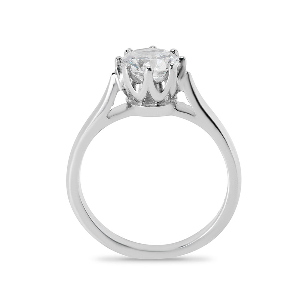 Eight Claw Vintage Solitaire Diamond Engagement Ring