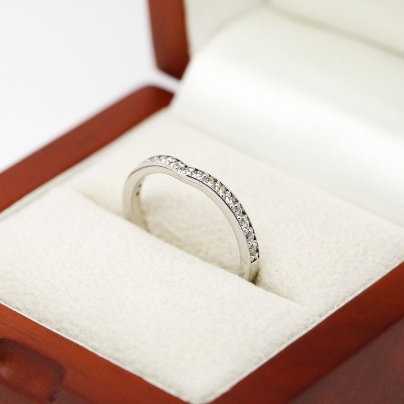 Pointed Curved Pave Setting Diamond Wedding Ring