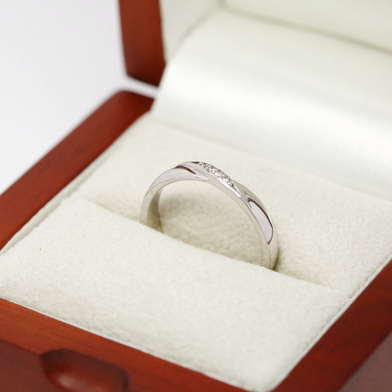 Twist Centre S Diamond Wedding Ring