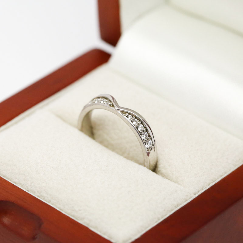 Pointed Curve Diamond Wedding Ring