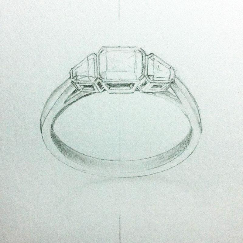 Trapezoid side stones diamond ring