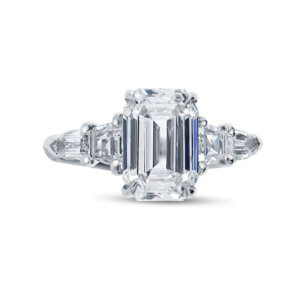 Emerald Cut Trapezoid and Bullets Side Diamond Engagement Ring